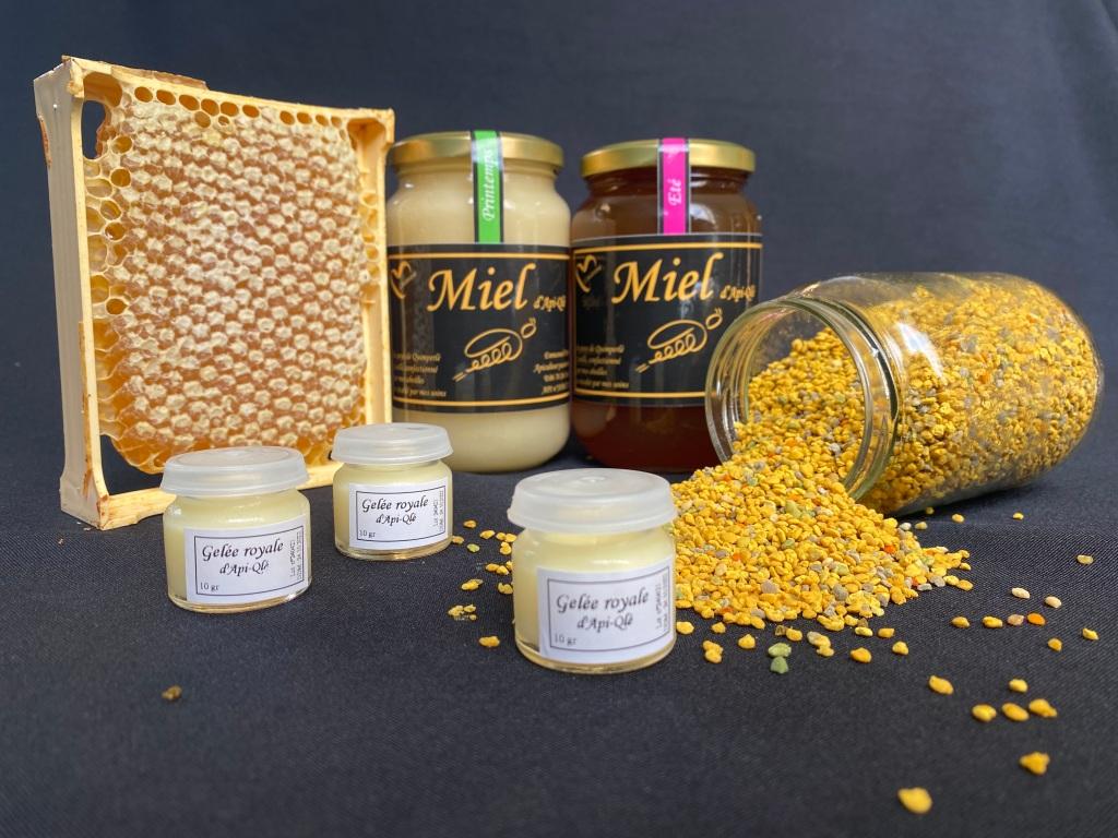 Produits de la miellerie d'Api-Qlé. Apiculteur producteur naturel à Quimperlé (france). Miel été et printemps en brèche, pollen et gelée royale